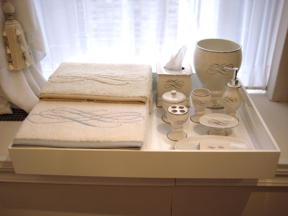 Ashlyn_Set with Towels_(Showroom)