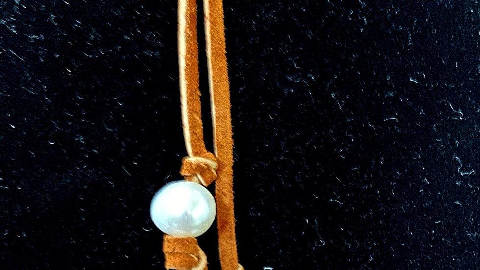 Simple suede and pearl slip knot necklace