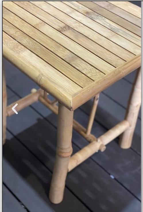 שולחן צד פרובנס