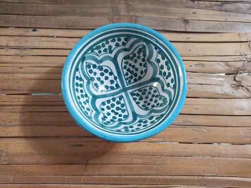 קערית קטנטנה מעוטרת בסגנון מרוקאי
