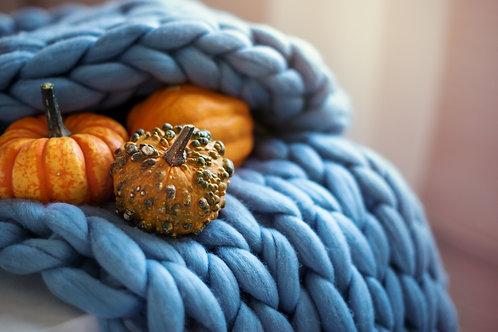 שמיכת צ'אנקי עבודת יד -כחול בהיר