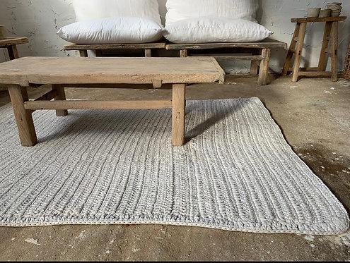 שטיח סרוג מלבני   בשלושה צבעים 120/170