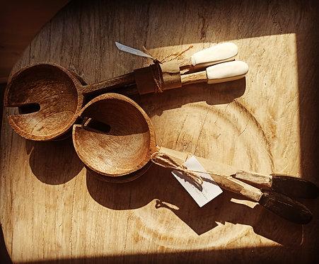 כפות הגשה  עגולות מעץ מנגו