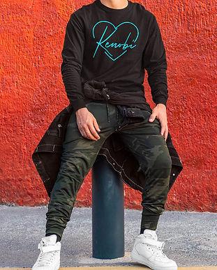 sweatshirt-mockup-featuring-a-man-in-a-s