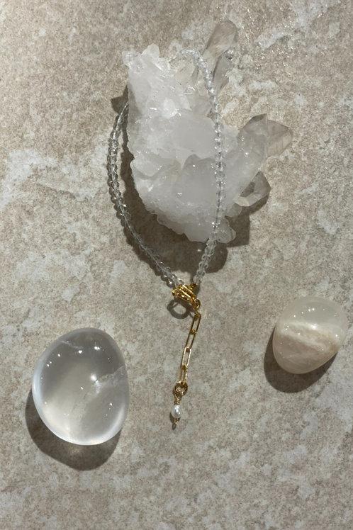 Clear quartz guiding stone bracelet