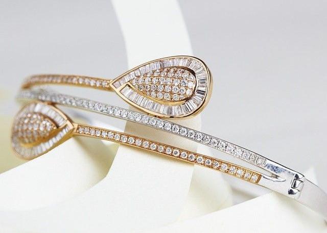 dual tone diamond bracelet