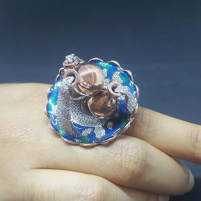 Architecture inspired pots ring