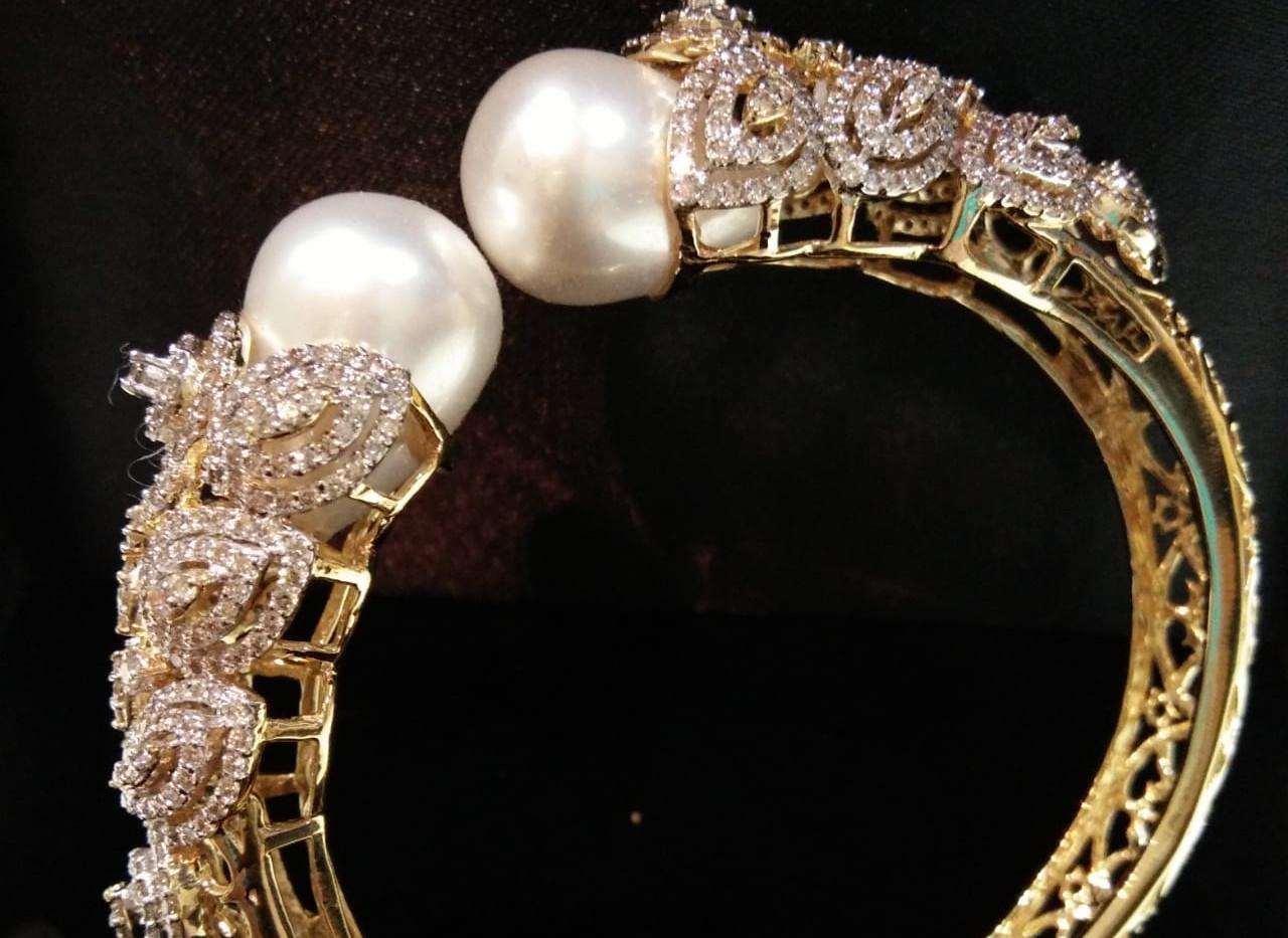 pearl diamond kada