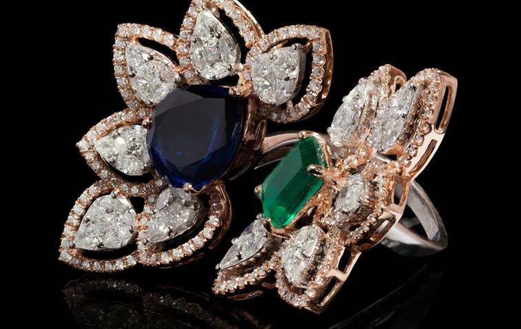 Cocktail diamond ring