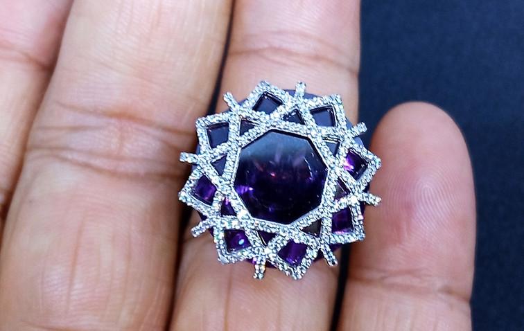 diamond ring diamond shape