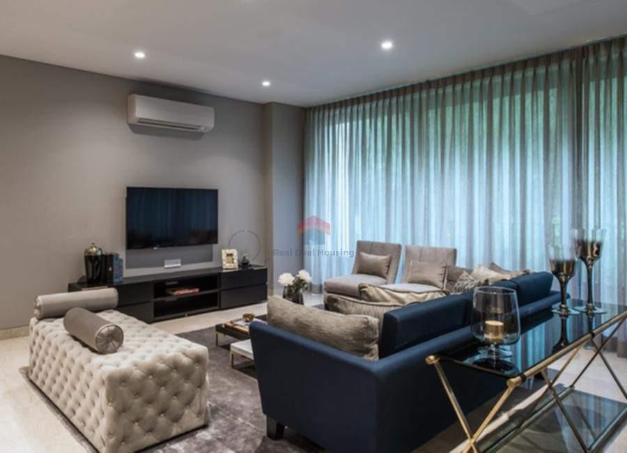 Oberoi-esquire-4BHK-living-room-2.jpg