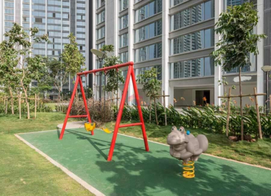 Oberoi-esquire-children-play-area-2.jpg
