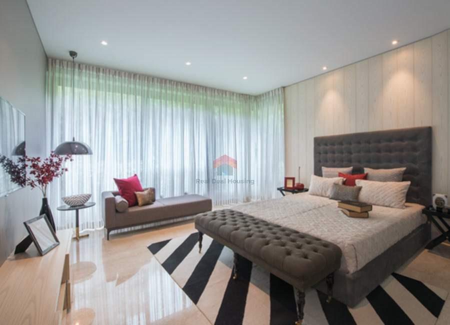 Oberoi-esquire-4BHK-bedroom.jpg