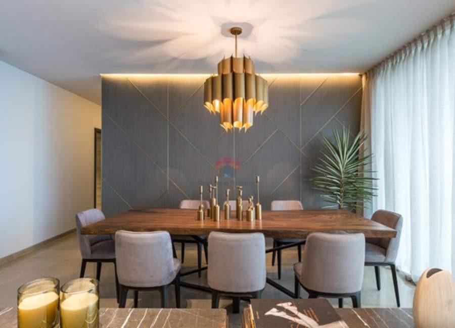 Oberoi-esquire-3BHK-dining-room.jpg