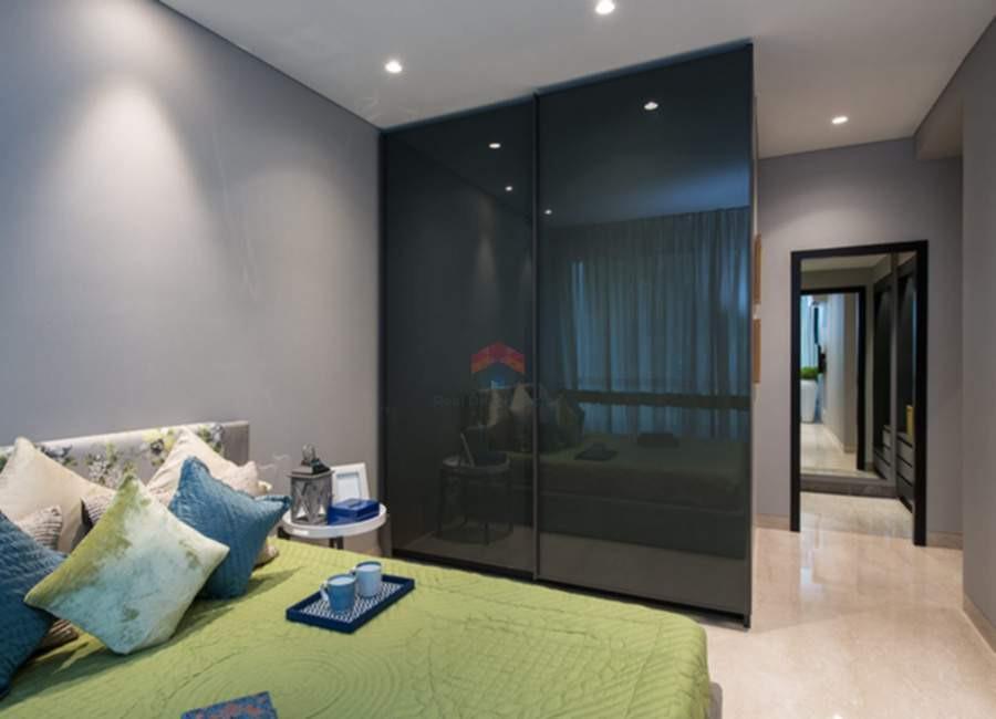 Oberoi-esquire-4BHK-fourth-bedroom.jpg