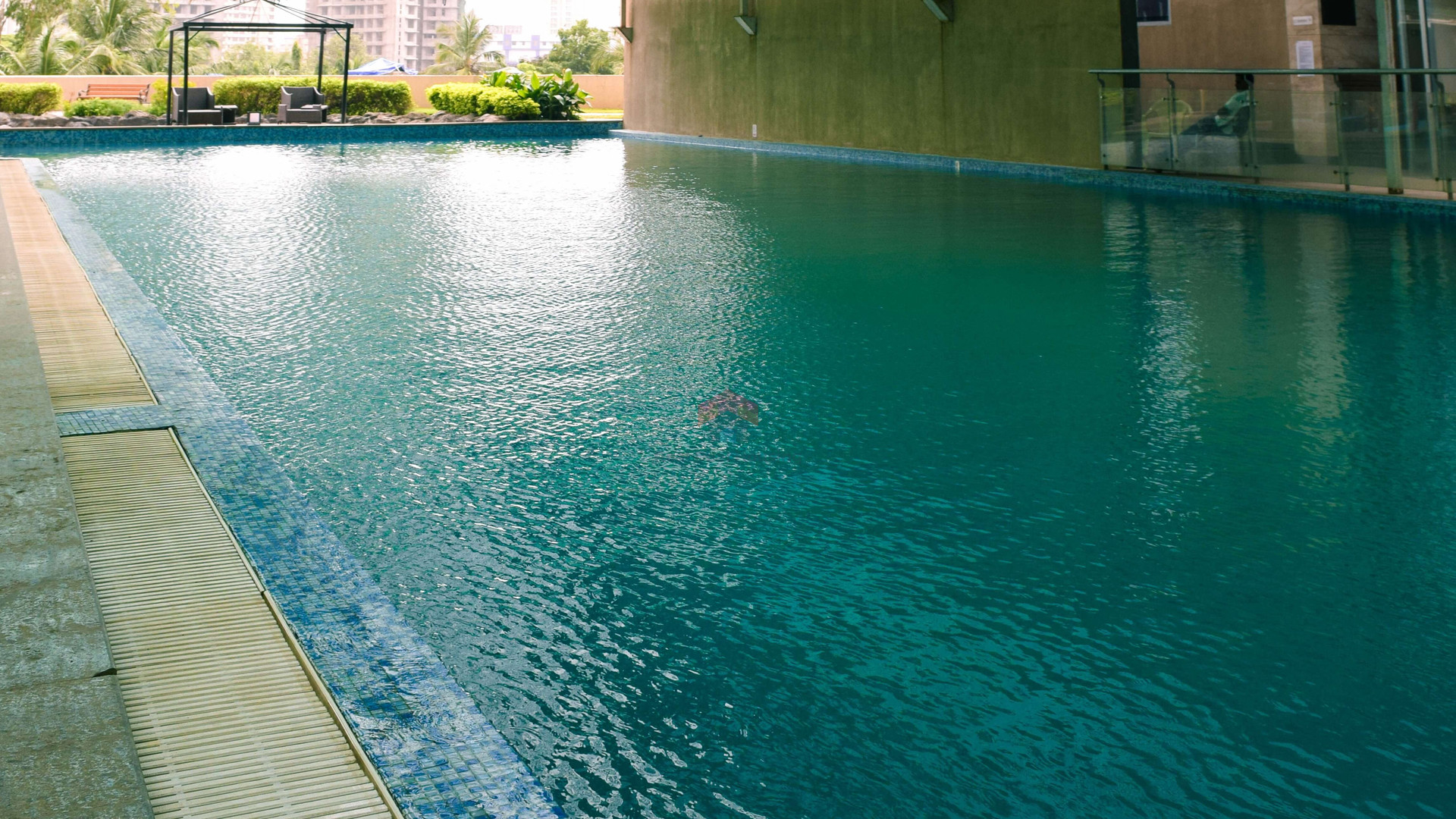 Imperial-heights-swimming-pool.jpg