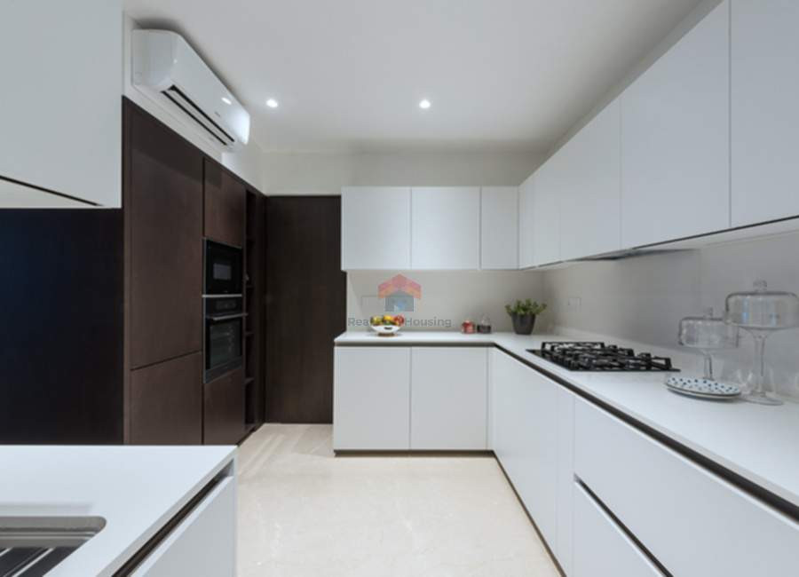 Oberoi-esquire-3BHK-kitchen.jpg