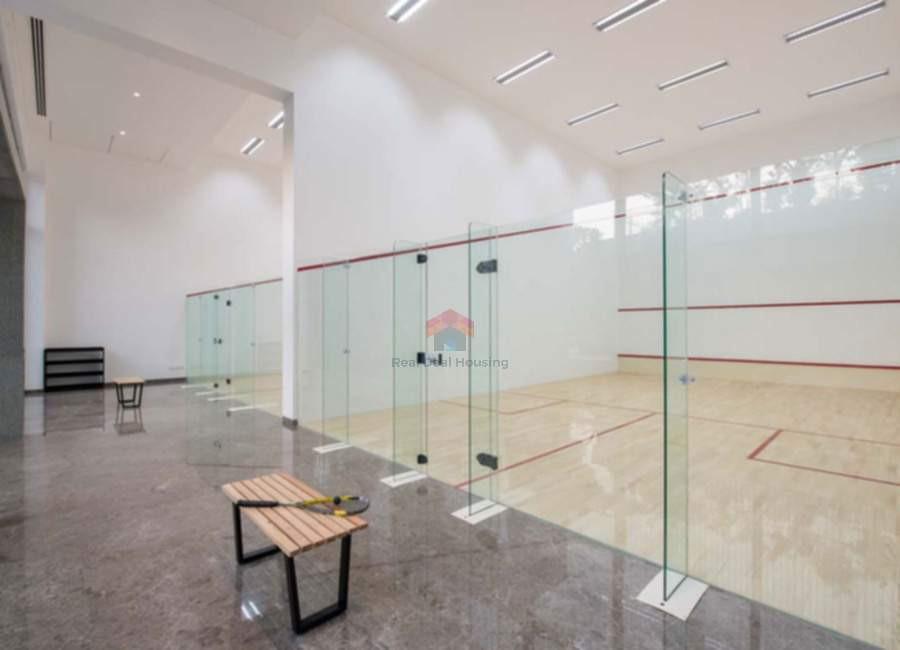 Oberoi-esquire-squash-court-2.jpg