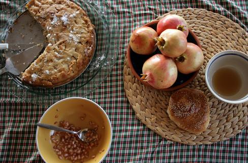 Around the table 21 -Rosh Hashana 2011.j