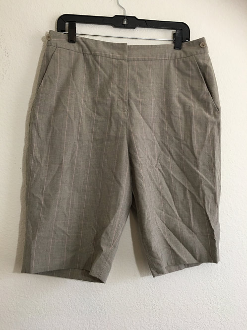 Larry Levine Shorts - Size 12