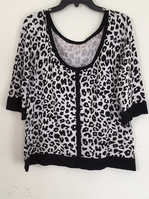 Black & White Shirt - Large/XLarge