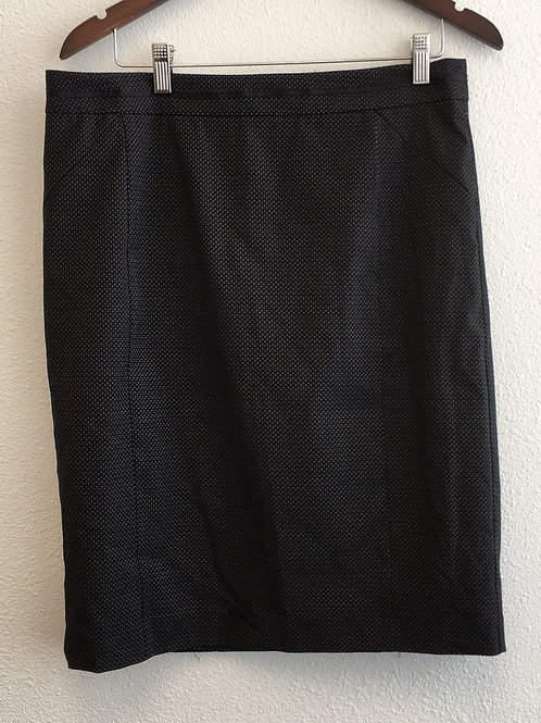 Simply Styled Skirt - Size Large