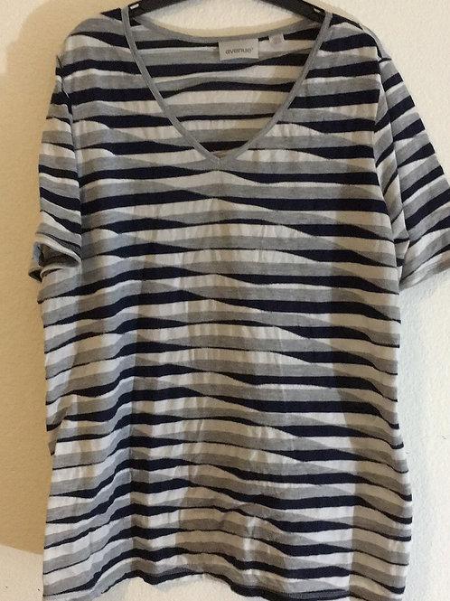 Avenue Shirt - Size 18/20