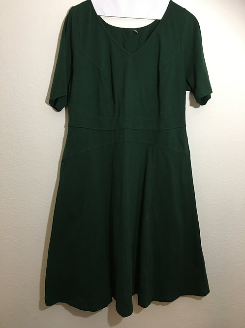 Green Dress - Size 20
