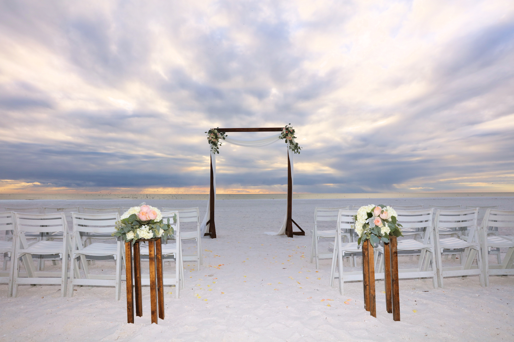 florida-beach-wedding-wooden-arch