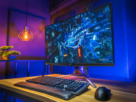 A Monitor From The Future | ASUS ROG Strix PG32UQX
