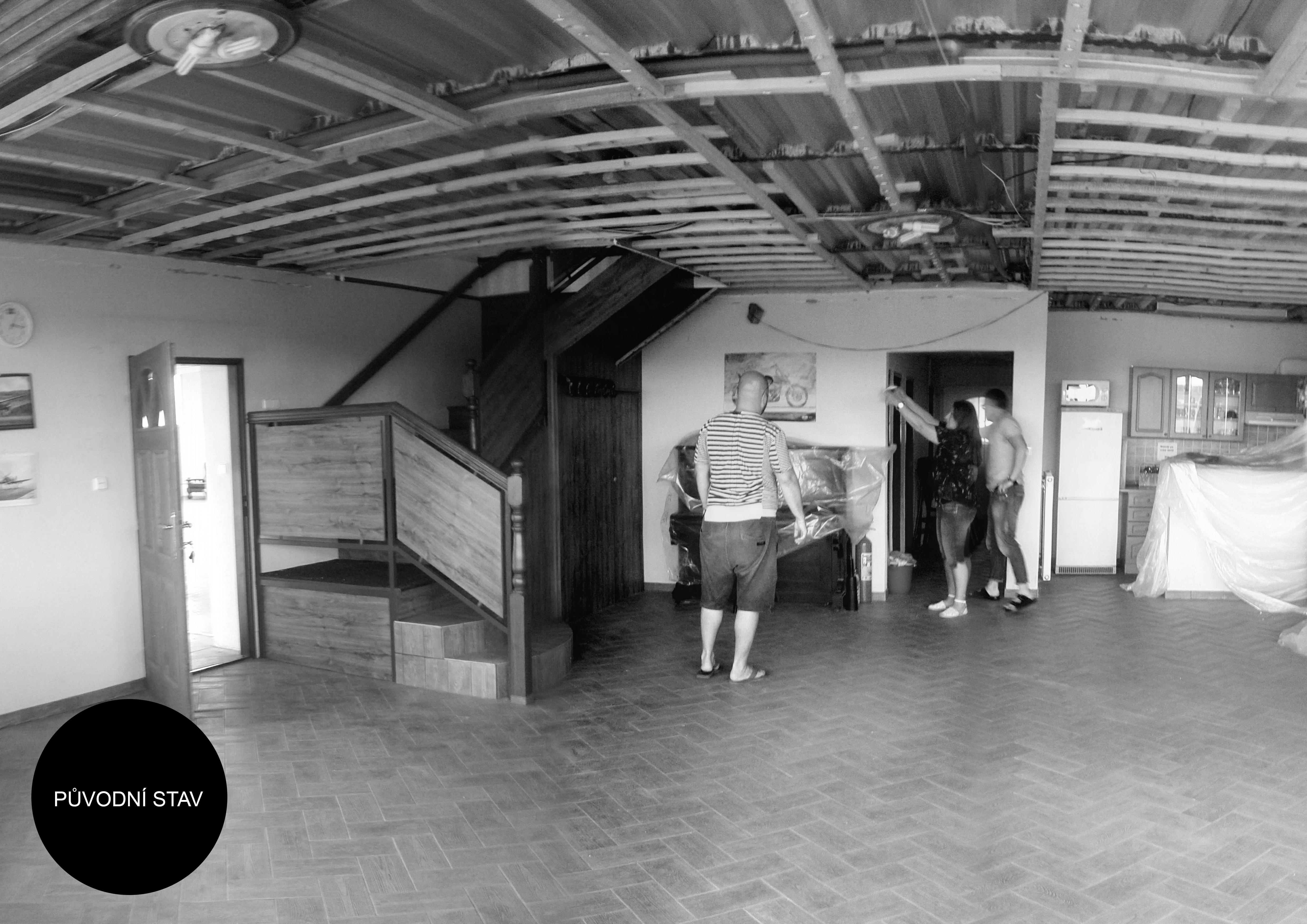 KVARTÝR | Hangár
