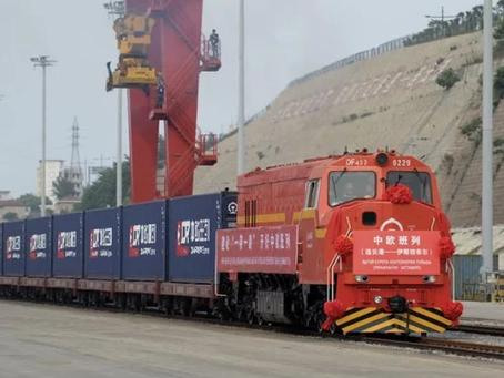 Godstransport på skinner fra Kina