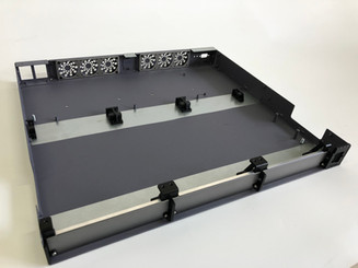 Electronic enclosure by NewTracks