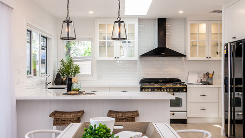 The client choose all the kitchen finishes
