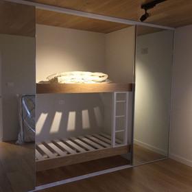 Hide away bunk pod