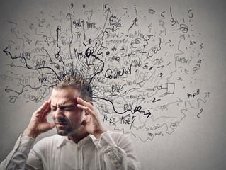 Sintomas do Burnout são parecidos com os da depressão, mas desencadeados pelo trabalho