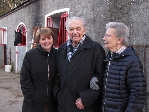 Walter, Herta and Shirley at farm 2016.j