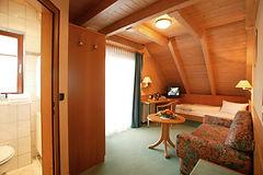 Komfort-Doppelzimmer im Hotel-Restaurant La Cigogne in Waldbronn