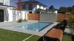 Brucker_Landschaftsbau_Poolbau_Pool_Waser