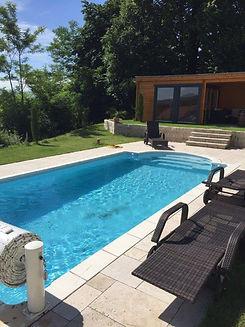 Brucker_Landschaftsbau_Poolbau_Pool_Wasser_Garten