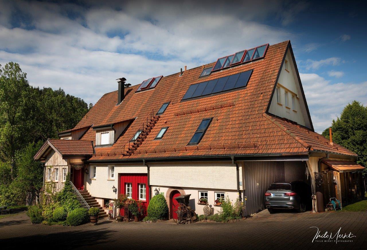 Haupthaus Front  (1 of 1)-2 - Kopie.jpg