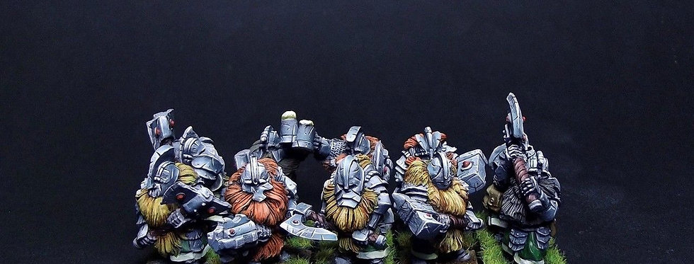 Dwarves (two-handed weapon)
