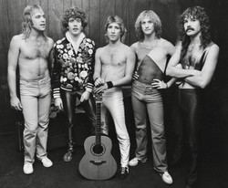 DC Star Band B/W1984