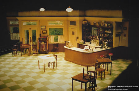 8 Tamara's Set Prairie Theatre Exchange