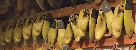 connie-puetz-wall-of-shoe-lasts_edited.j