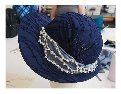 Erin's finished hat cropped.jpg