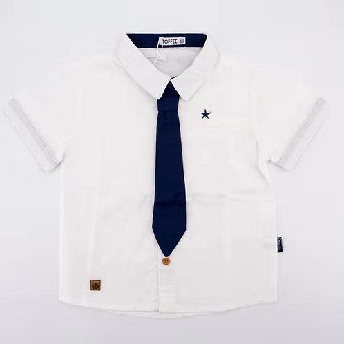 חולצה מכופתרת עם עניבה