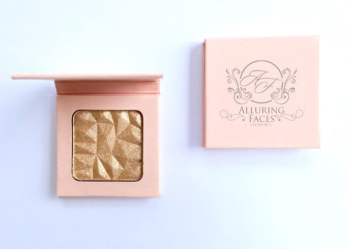 Alluring%20Faces%20Organic%20Highlighter