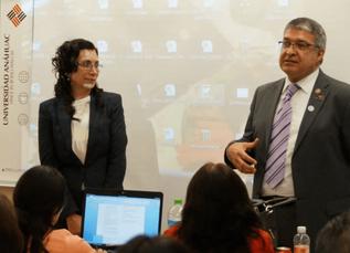 Conferencia de ICDAS, por la Dra. María Esther Irigoyen y la mesa Clínica con el Dr. Edgar Santiago.