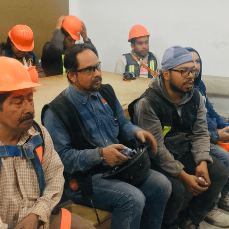 Capacitación a trabajadores de la empresa HIR RESIDENCIAL en materia de cultura bucal.